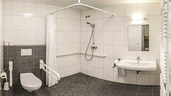 Sanitärausstattung  Tannenhof Mölln :: Unser Haus - Die Häuser